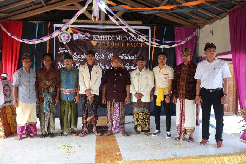 KMHDI Palopo Mengajar: Langkah Kecil Merivitalisasi Mental Generasi Muda Hindu