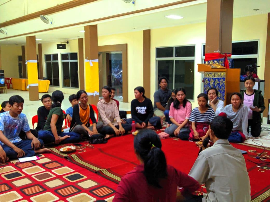 Tanamkan Budaya KALASI PC KMHDI Makassar Gelar Diskusi Cinta Beda Agama dan Beda Kasta