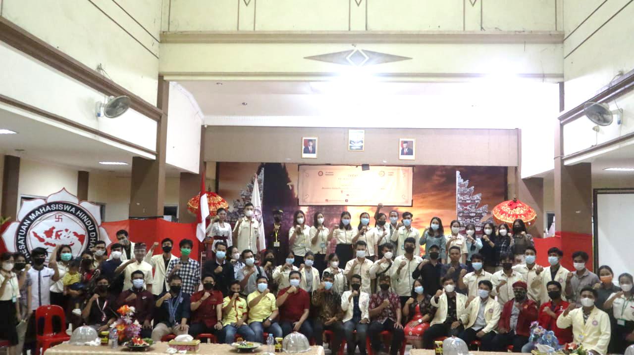 Bersama – Sama Wujudkan Harmoni Organisasi melalui Sabha II PC KMHDI Makassar